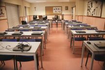 El laboratorio de informática estará ocupado exclusivamente por los chicos de FP durante el próximo mes